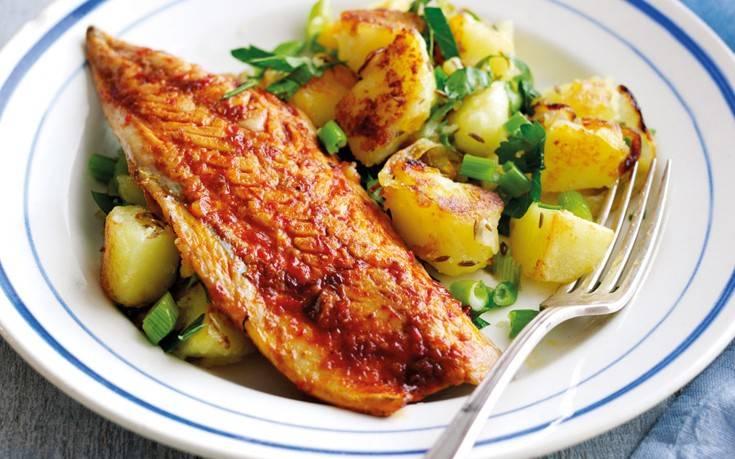 Κολιοί με πατάτες στο φούρνο – Newsbeast